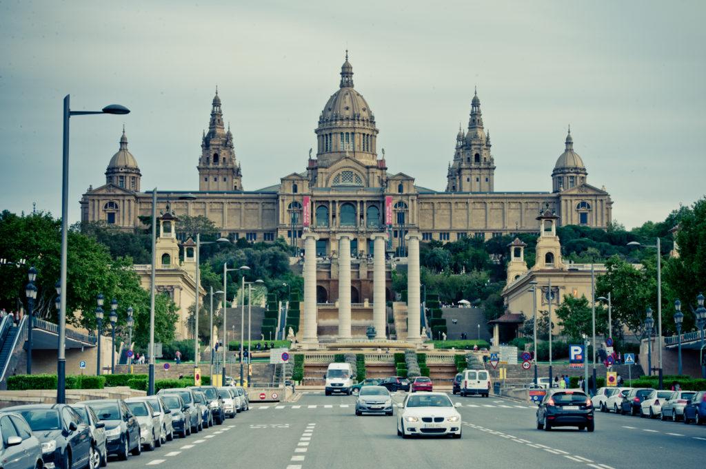 MNAC budynek muzeum narodowego w Barcelonie