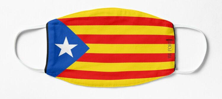 maseczka z niepodległościową flagą katalonii