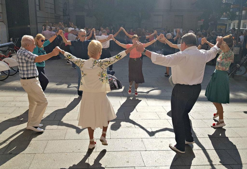 Kataloński narodowy taniec La Sardana