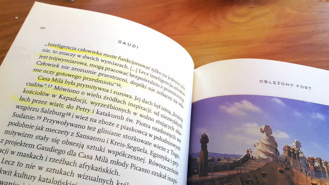 książka o Gaudim